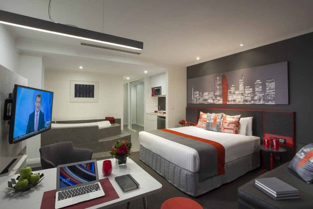 Citadines St Georges Terrace Perth - studio premier - living room - 1